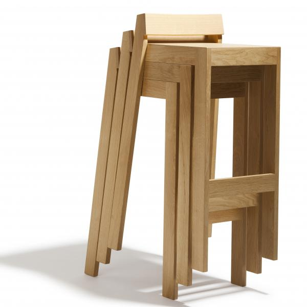 Tabouret empilable design pilpil en bois de ch ne - Tabouret de bar en bois but ...
