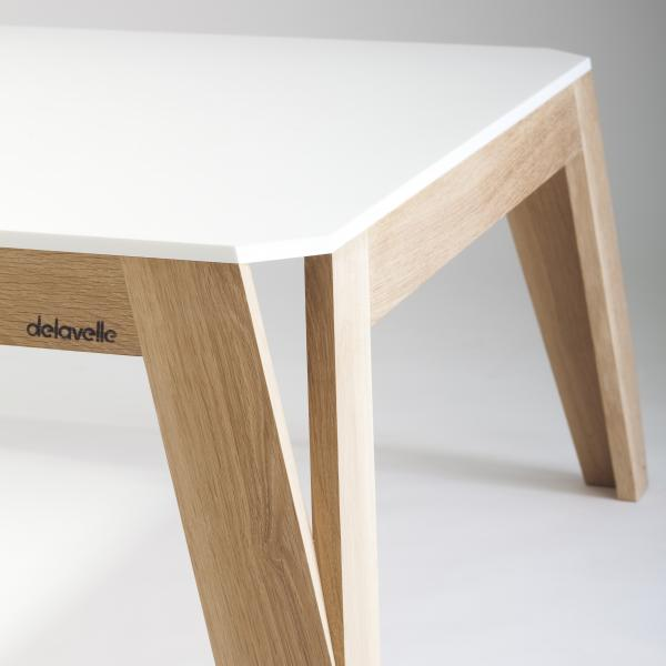 Table en corian - Table basse bois brut design ...